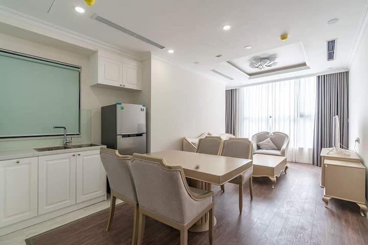 Luxury Apartment - Sunshine Riverside