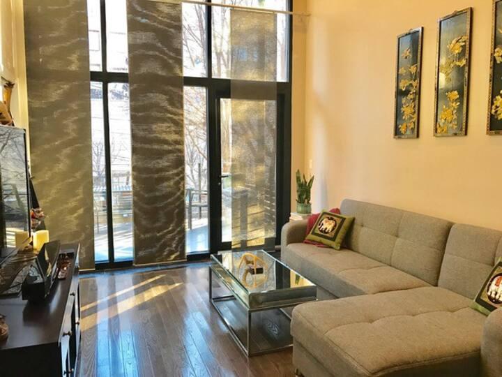 Modern & Sunny w/ Private Terrace