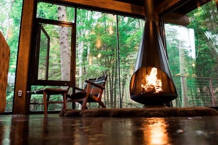 The Ledge@LostCavern, glass cabin in Hocking Hills