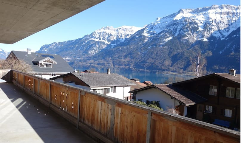 Family Apartment lake and mountain view - Ringgenberg - Apartamento
