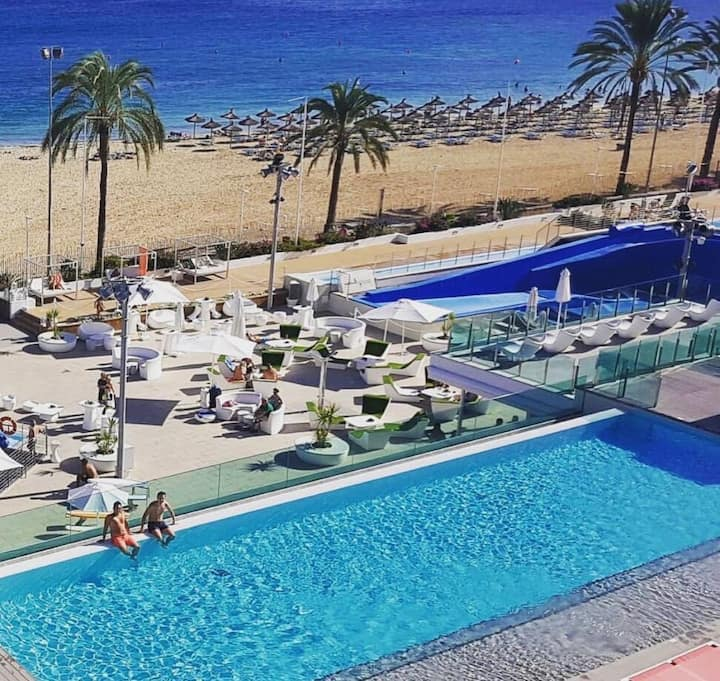 Holiday apartment in wavehouse hotel Magaluf