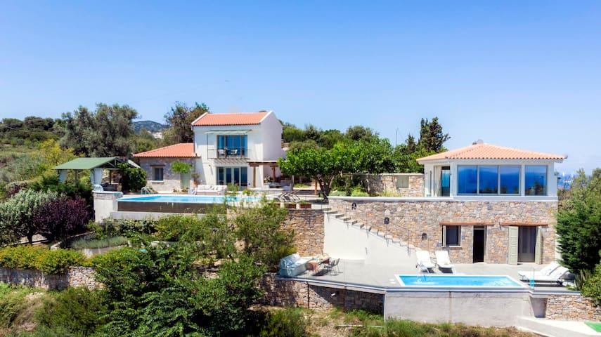 Paparouna Deluxe Villa on  Alonissos Island