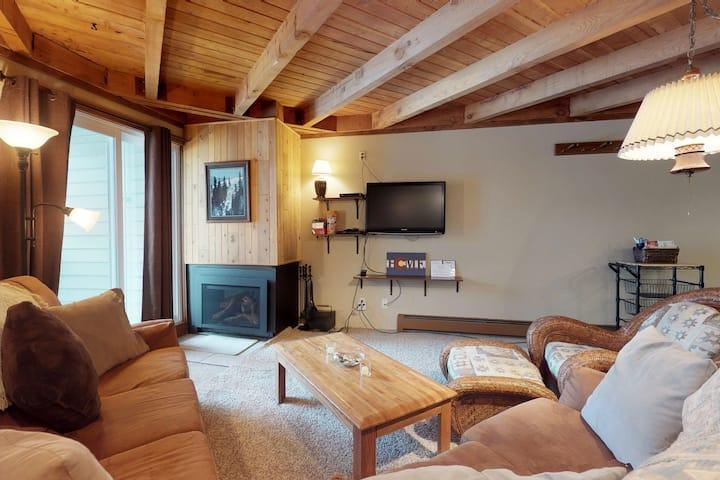Cozy condo w/ balcony, shared pool, hot tub, & sauna - year round outdoor fun!
