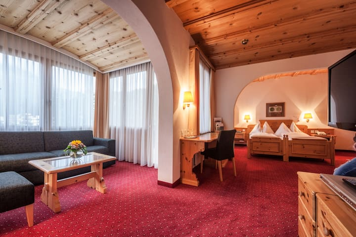Waldhotel National ein Paradies auch für Familien - Arosa - Bed & Breakfast