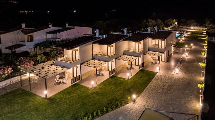 Arteon Villas, Villa Armonia, Salonikiou Beach