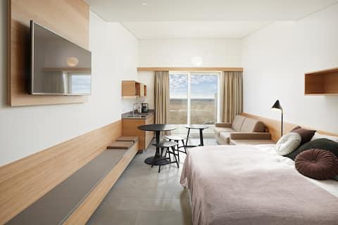 Stylish 4person studio apartment