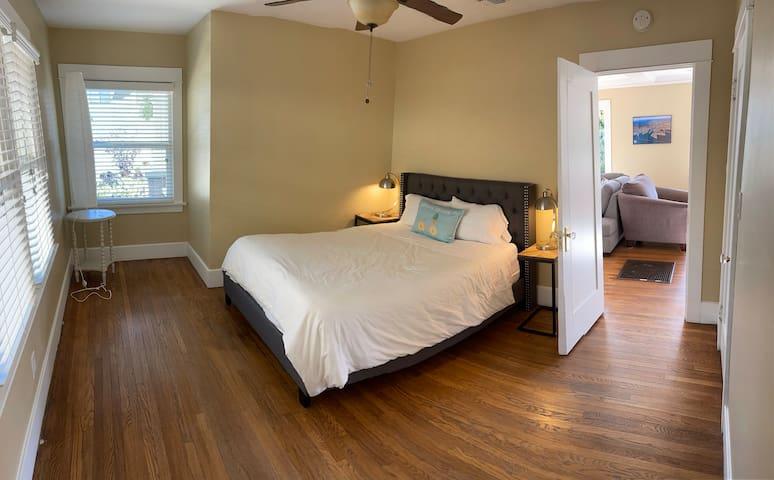 15 - Craftsman Front Bedroom