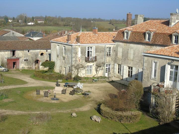 Studio M.-T.  Rempnoulx du Vignaud (adapté PMR)