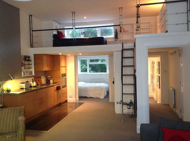Lovely New York Style flat in Greenwich borough