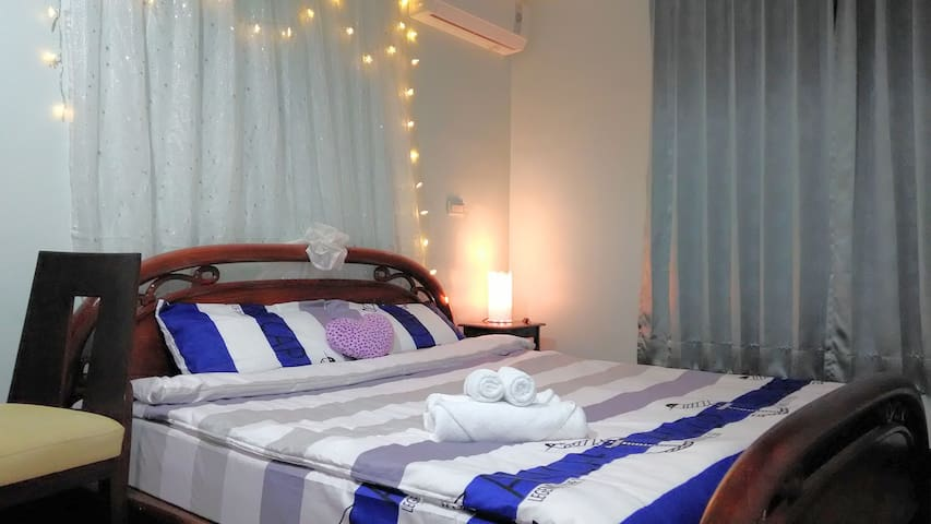 202 private bedroom~ Smile House