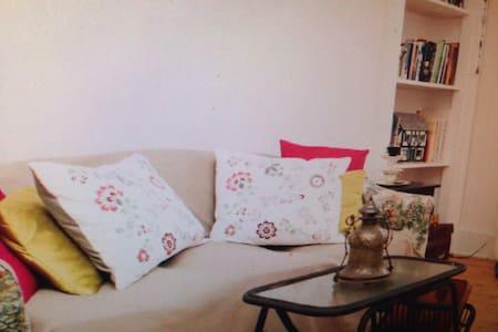 Two Bedroom Central - Larkspur - Apartamento