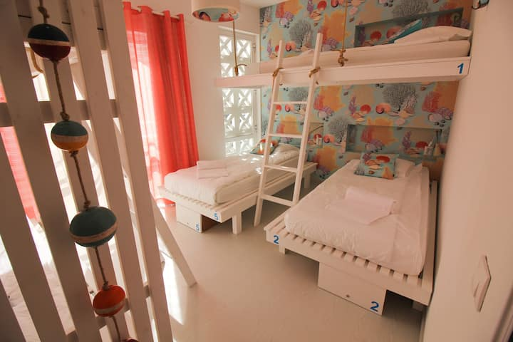 Camone Hostel in the heart of Lagos Old Town