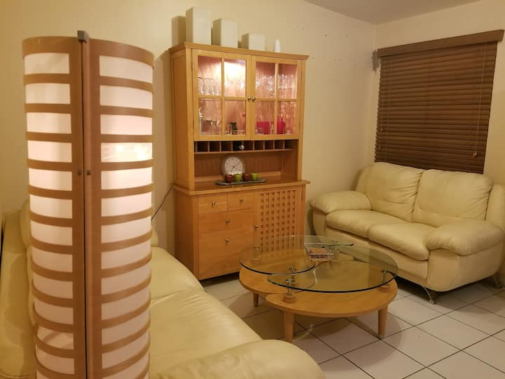 Confortable lindo hogar con todo lo que necesitas