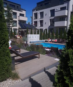 Apartments  in Town Center with  Swimpool