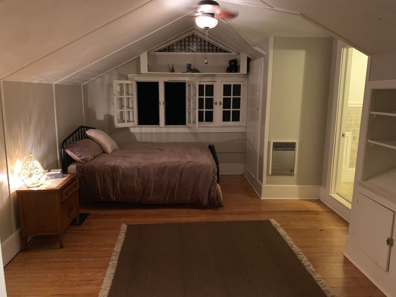Queen Bed: memory foam mattress, bed linens, two pillows, comforter, ceiling fan  Steps up to room