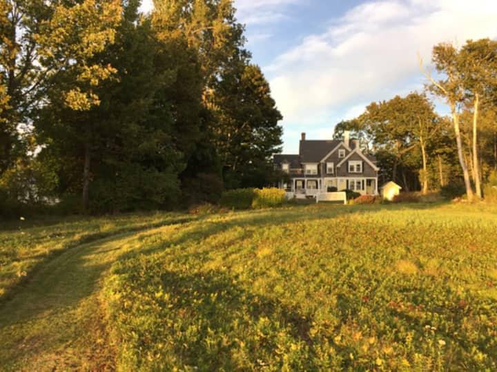 Dark Harbor Cottage~Islesboro Retreat
