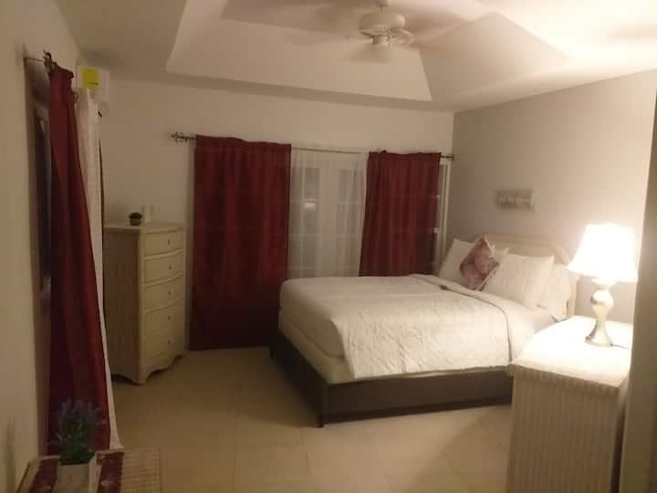 Harmony Villas - 1 Queen Bed, 1Bath