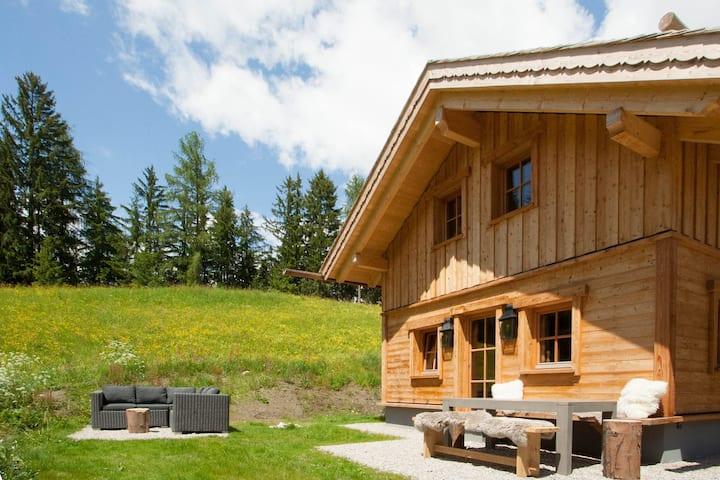 Premium Chalet Mountain Hideaway