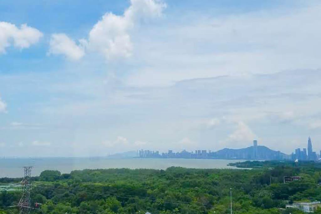 天气好的时候可以看到香港