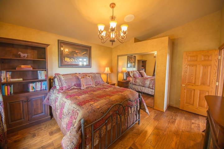 Pine Mountain Lodge Fireplace Room - Kalispell - Casa