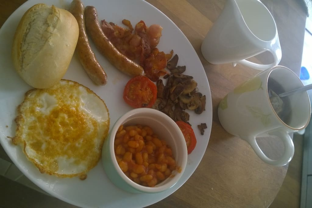 Full English (veggie option available)