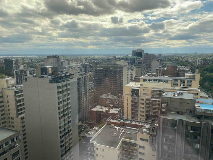 Gorgeous View of Downtown Montreal from 30th Floor