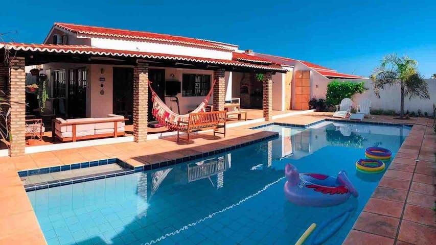 Casa privativa, completa no cond.Paraiso do Brasil