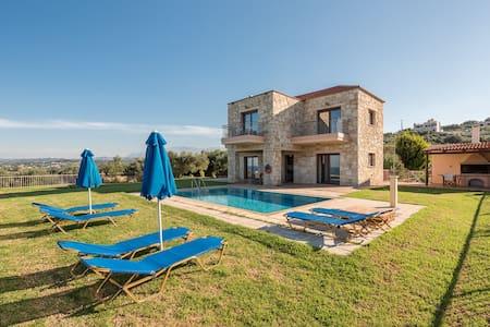 Eleni Villa with private pool & breathtaking view - Maleme - Villa