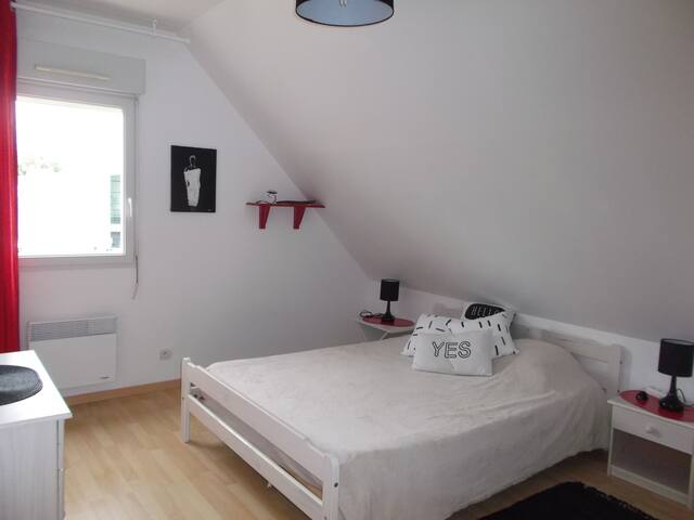 Chambre à louer à Fontevraud.