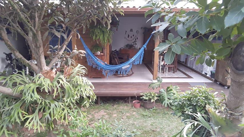 Chalé acolhedor no Campeche - Florianópolis