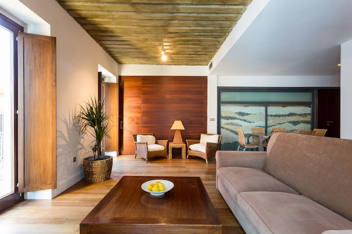 Click Salvador Suite
