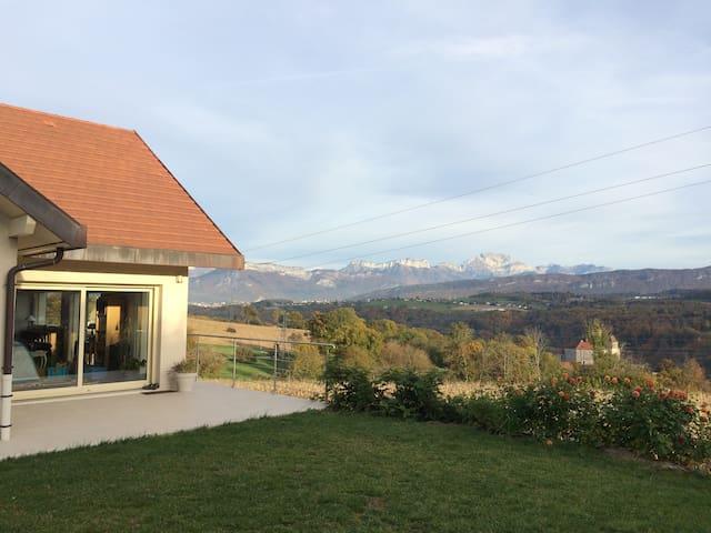 modern villa 15mn from Annecy Lake - Lovagny - Villa