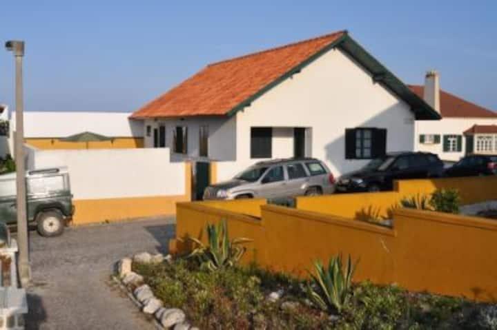 Casa Rústica à Beira-mar