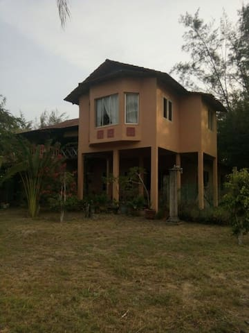 Beachfront Sanctuary, Kuantan, Pahang. - Kuantan  - Appartement