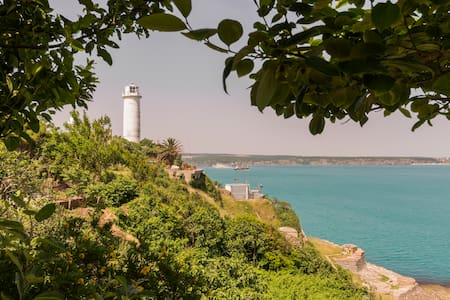 Muhteşem deniz manzaralı B&B www.efsunlubahce.com