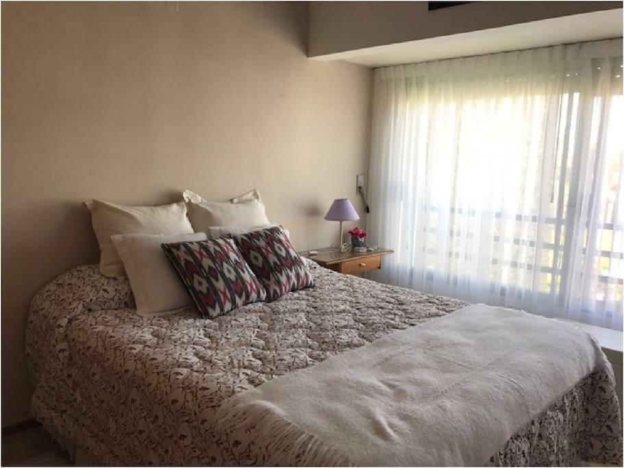 Actualmente en este dormitorio hay dos camas separadas