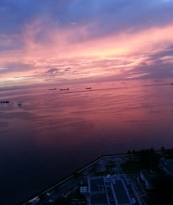 Amazing Manila Bay sunset view.(In front of US Emb - Manila - Condominium