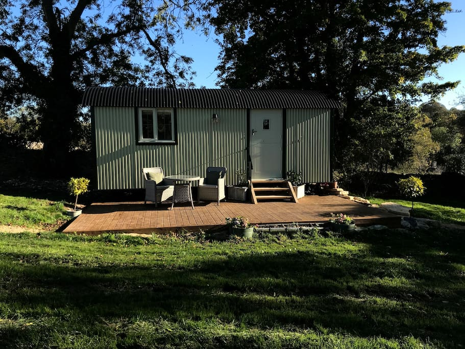 Luxury shepherd's hut situated in private space overlooking the Coln valley