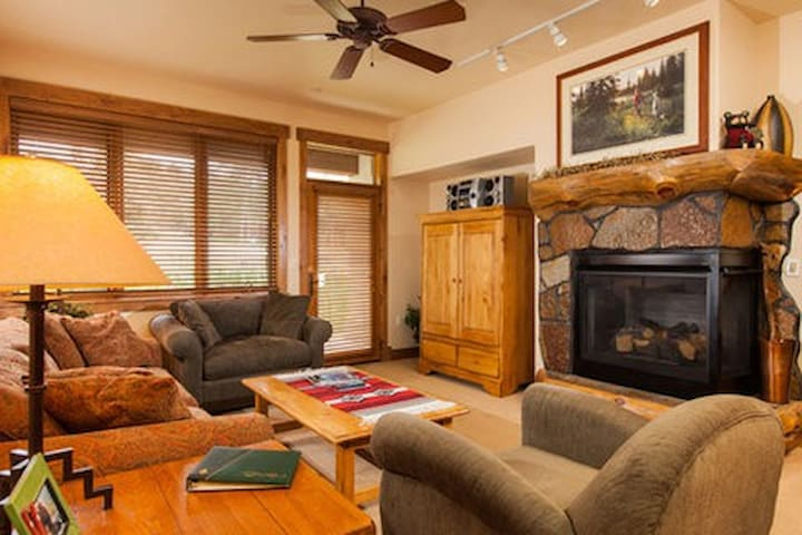 3106 Champagne Lodge, Trappeur - Steamboat Springs - Lyxvåning