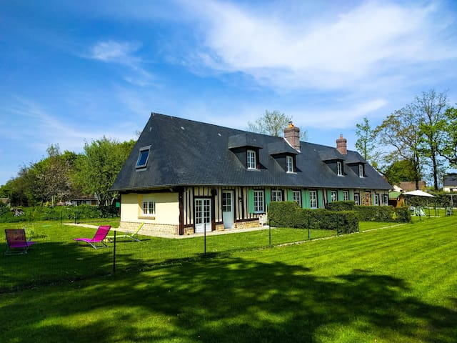 Peaceful Farmhouse, near the sea and a golf - Ocqueville - Casa