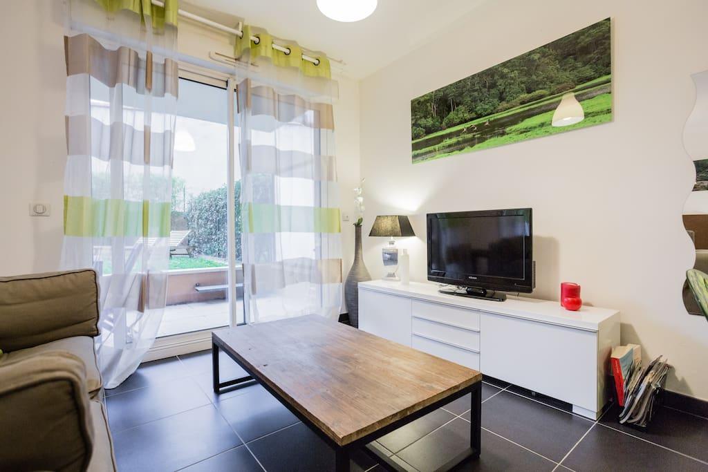 Villa amalfi climatisation terrasse jardin - Location appartement salon de provence le bon coin ...