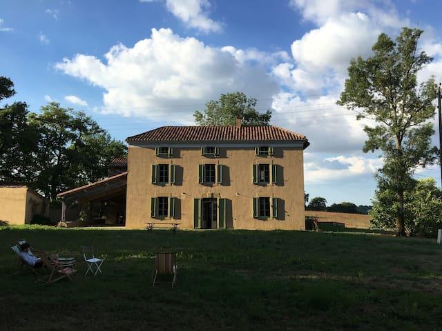 Ferme rénové - Gers du Sud, près de Marciac - Peyrusse-Grande - House