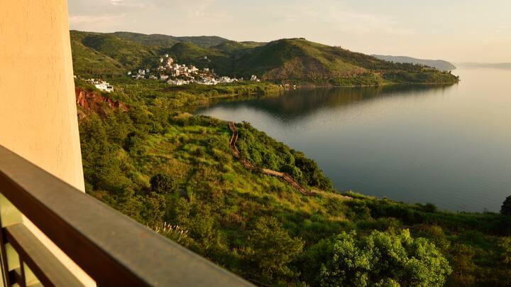 抚仙湖太阳山珑岸全景观湖公寓