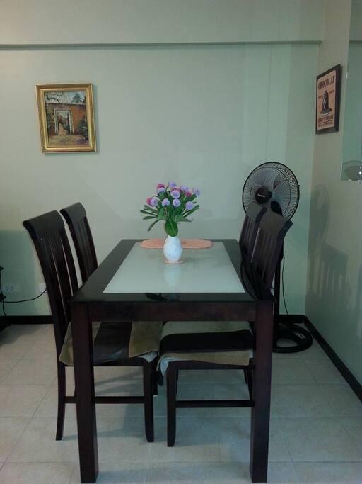 Dining area. Fan.
