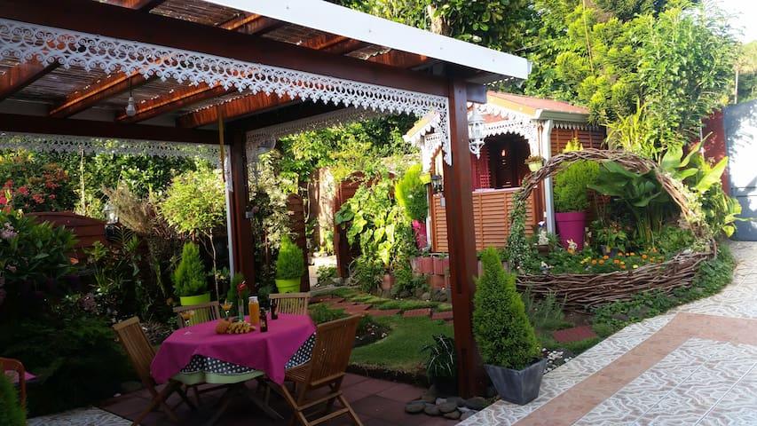 Lodge d'Eden Géranium - Bras-panon - Bungalow