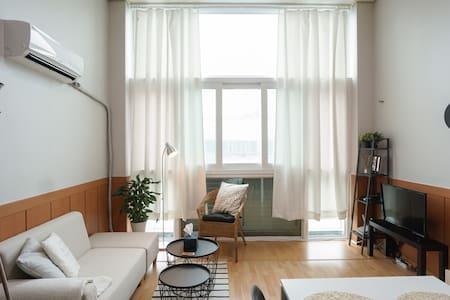 ★오픈할인★7호선 부천시청역 3분거리 /복층&무료와이파이 - Apartamento