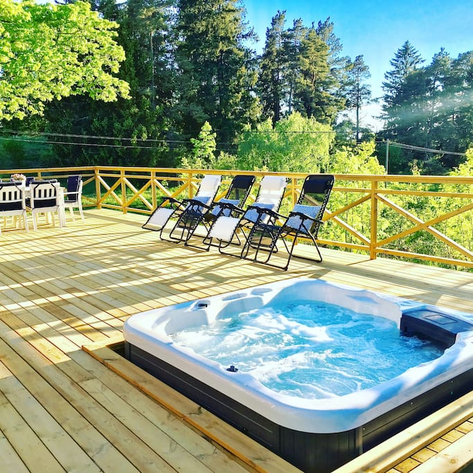 New terrace and jacuzzi June 2017