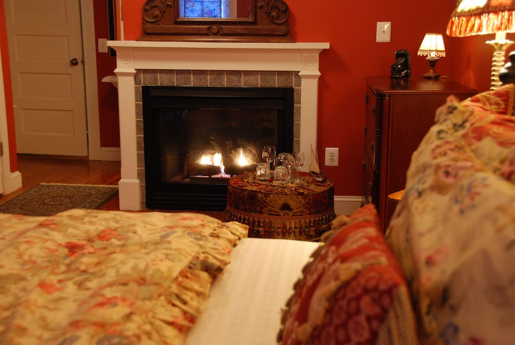 Room 1: King Bed and gas fireplace