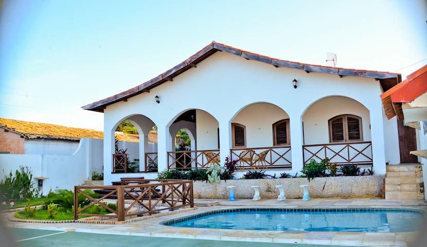Linda casa na Praia Morro BrancoCe  - Beberibe - Casa