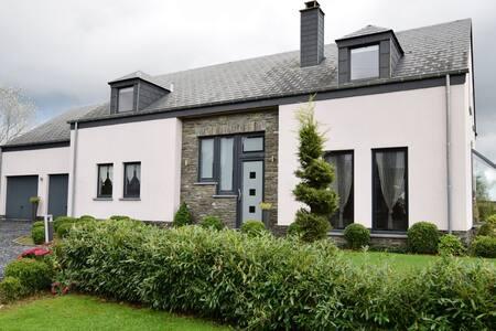 Villa luxueuse avec piscine à Wibrin Ardennes
